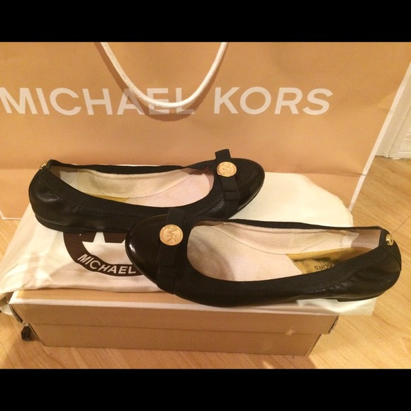 18a066624089 Buy michael kors dixie flats   OFF57% Discounted