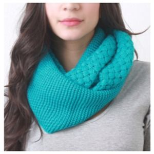 Accessories - Turquoise Infinity Scarf