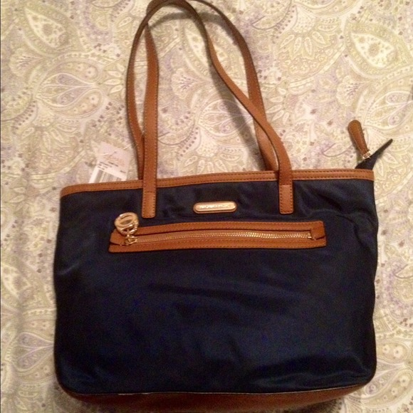 63% off Michael Kors Handbags - NEW Michael Kors Purse~ Navy, w ...