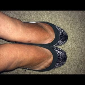 Yosi Samra Shoes - NWT Yosi Samra foldable ballet flats snakeskin 🆕