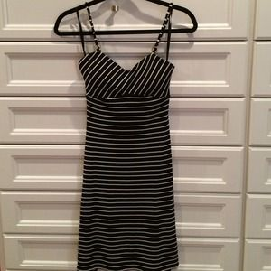 Cache Black and white dress