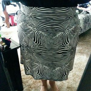 ❤❤SALE❤❤ Plus size print skirt