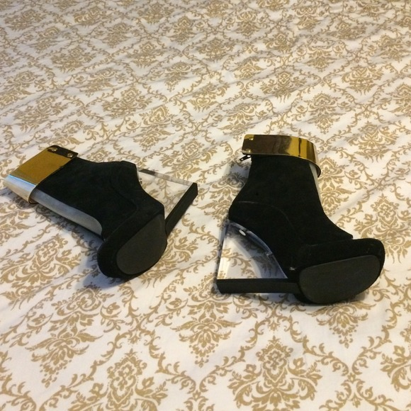 266da4b53dc Jeffrey Campbell Shoes - Jeffrey Campbell black wedge with glass heel