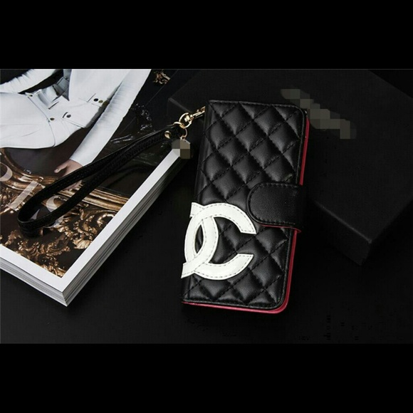 quality design ed03b beecc Chanel Quilted Wristlet Case iPhone 6