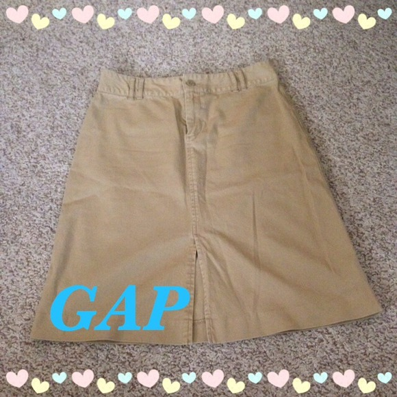GAP Dresses & Skirts - GAP Khaki Skirt