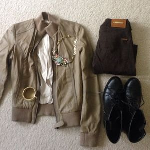 Zara Jackets & Blazers - ⬇️Beautiful Zara leather moto/ bomber jacket!