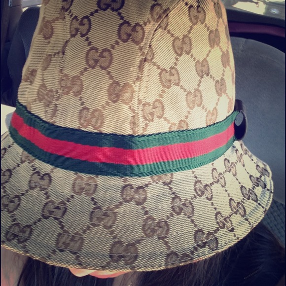 gucci accessories bucket hat poshmark. Black Bedroom Furniture Sets. Home Design Ideas