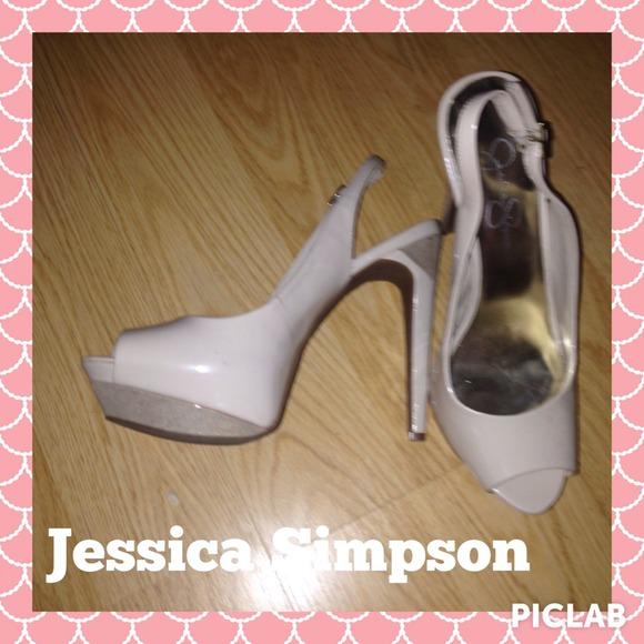 2ba123c9599 Jessica Simpson Shoes - Jessica Simpson nude with good platform heels