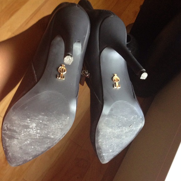 Jennifer Lopez Shoes - Zipper point toe booties