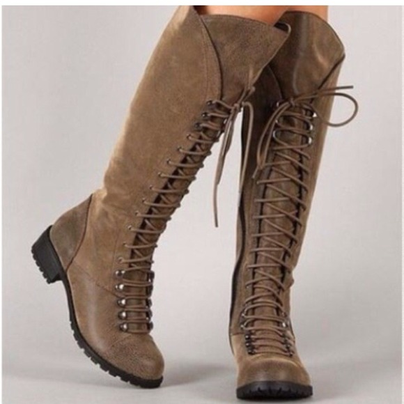 Knee High Lace Up Boots❗️Flash Sale❗ 6 from Tarah's closet on ...