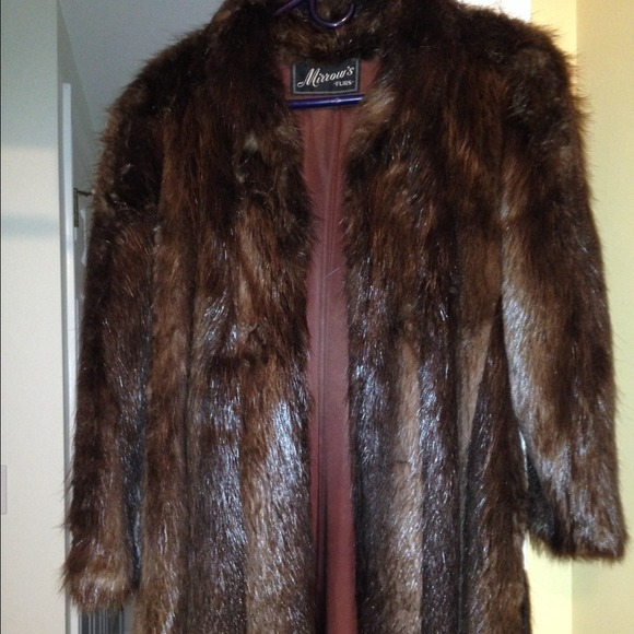 Mirrow's Furs - Authentic Beaver Fur Coat from Diane's closet on ...