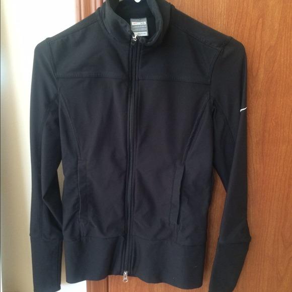 Nike women s zip up jacket. M 543083021c53e8053d0398a0 d280378a08