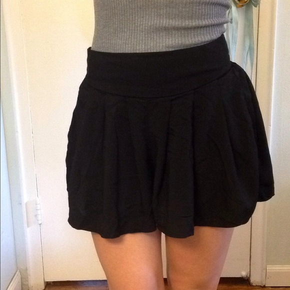 38% off Xhilaration Pants - Flowy Black High Waisted Shorts from ...