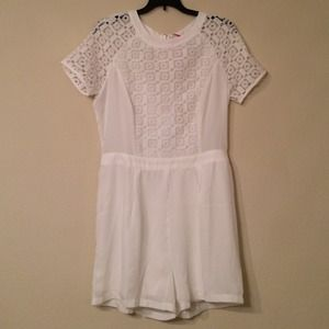 Boohoo Dresses & Skirts - White Embroidered Romper, Boohoo, Sz 8