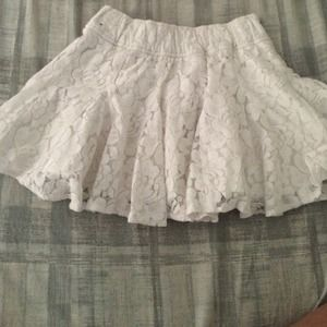 white lace minnie skirt
