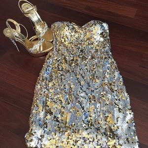 For Love and Lemons Dresses & Skirts - 🎉HOST PICK🎉 GOLD AND SILVER SEQUIN DRESS
