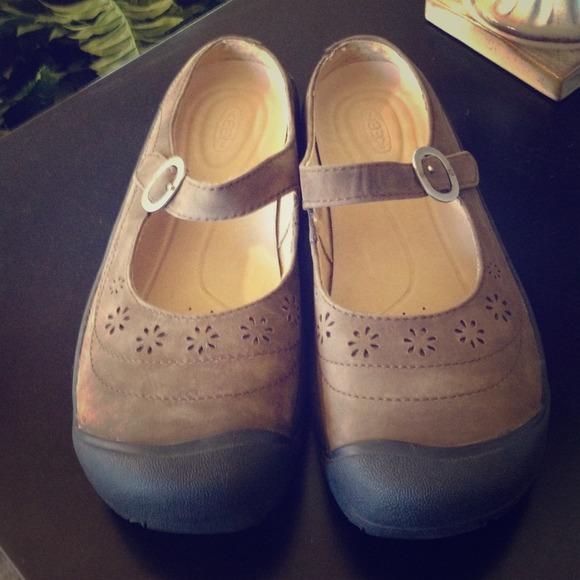 8984b65fa1 Keen Shoes - 🍃NWOT - Keen Calistoga Tan Shoes