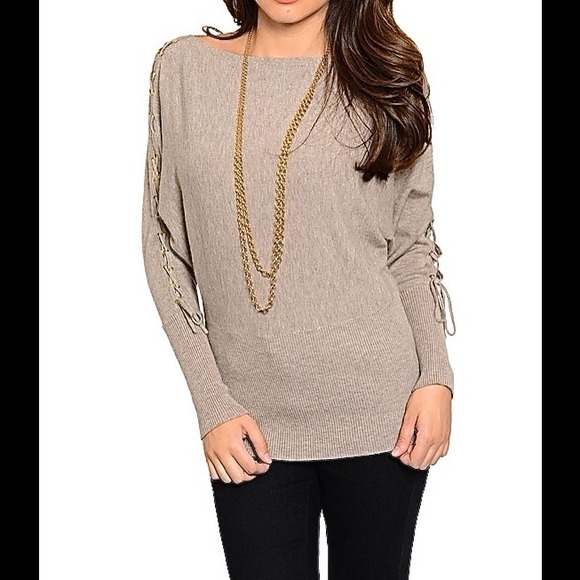 SOFT MOCHA BROWN SWEATER W LACE UP SLEEVES 681390798