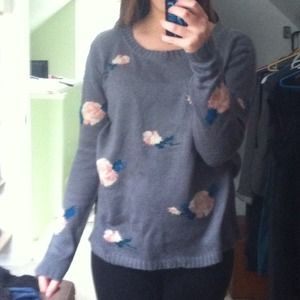Oversized Gray Floral Sweater