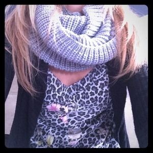 Posh find***:} great scarf from @trangho