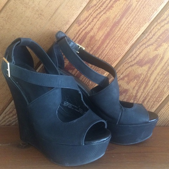 57 xhilaration shoes xhilaration dress wedge