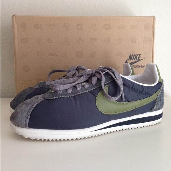 ⚡️FLASH SALE⚡️Used J. Crew Nike Cortez Shoes