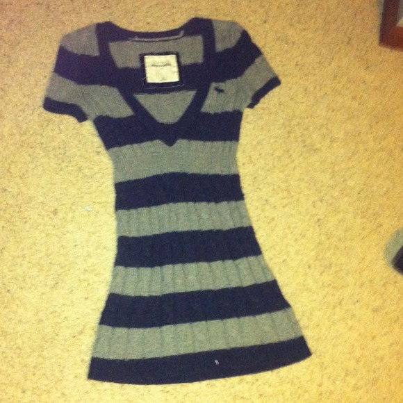 Abercrombie Grey Sweater Dress 117