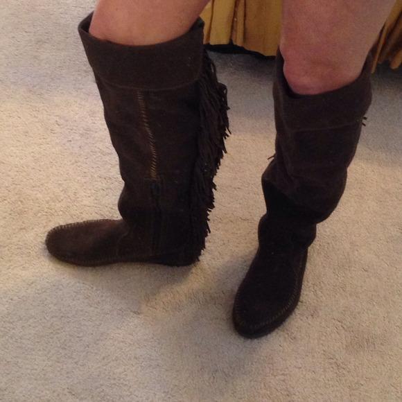 e8a5d762856 32% off Minnetonka Boots - Minnetonka over the knee fringe boot .