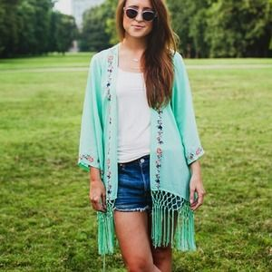 Tops - Gorgeous teal embroidered kimono with fringe