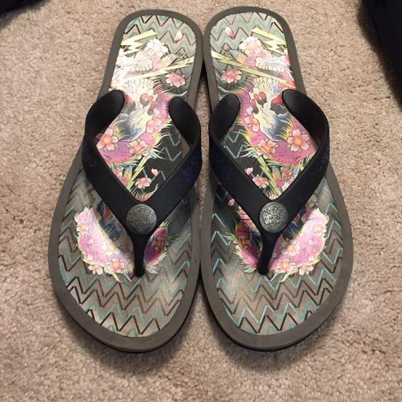 a73efed62095 Ed Hardy Shoes - Ed hardy flip flops