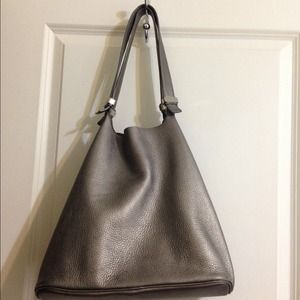b64abe51f2bb official michael kors bags nwt michael kors colgate large grab soft leather  c48bb cc0c1