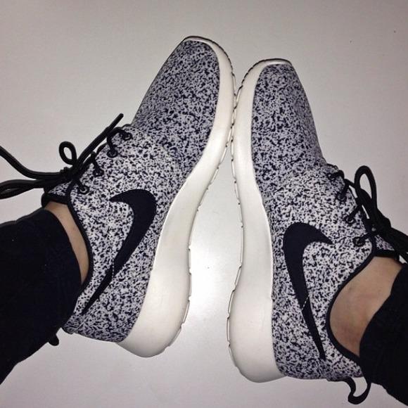 Nike Shoes - Reserved Nike black sail speckled roshes 232ba44b3