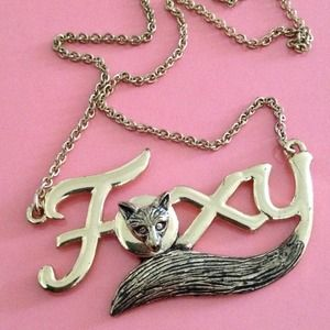 - FINAL PRICE - Foxy Necklace!!