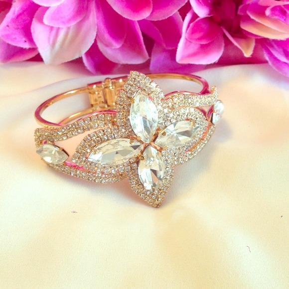🔰Sale $8! Marquis Crystal Gold Cuff Bracelet