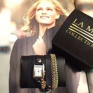 La Mer Collections navy leather wrap watch chain