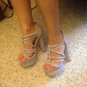 Shoes - Platformed sandals