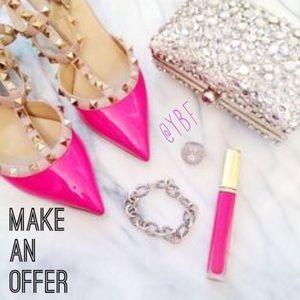 Bundle discounts! Make an Offer!💵