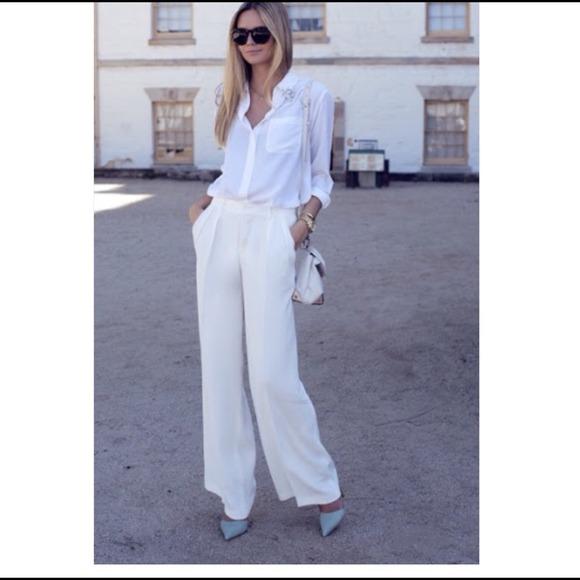 Zara -  Host Pic Zara off white dress pants from !'s closet on ...