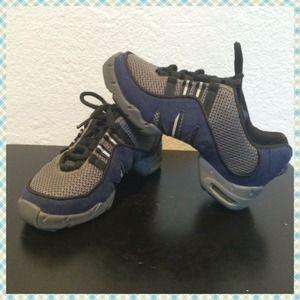 Bloch Shoes - BLOCH DANCE SHOES Cute Blue, Gray & White - Sz 6