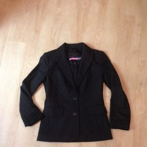 Black Alice+Olivia to work! Fitted blazer