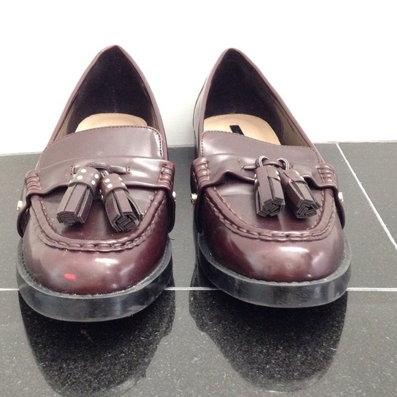 73 off zara shoes zara loafers from tiffy 39 s closet on poshmark. Black Bedroom Furniture Sets. Home Design Ideas