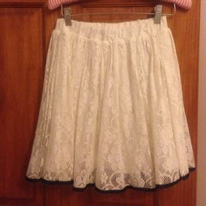 ASOS white Lace skirt w/ black trim
