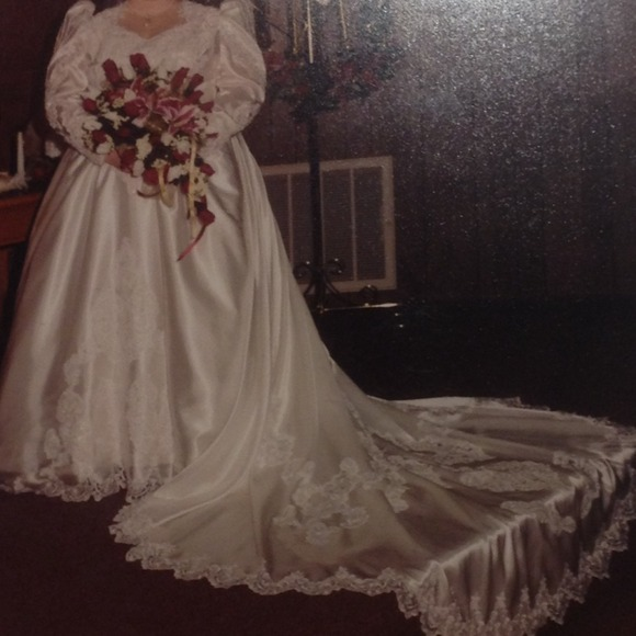 Cinderella Style Wedding Gowns: Wedding Dress Cinderella Style
