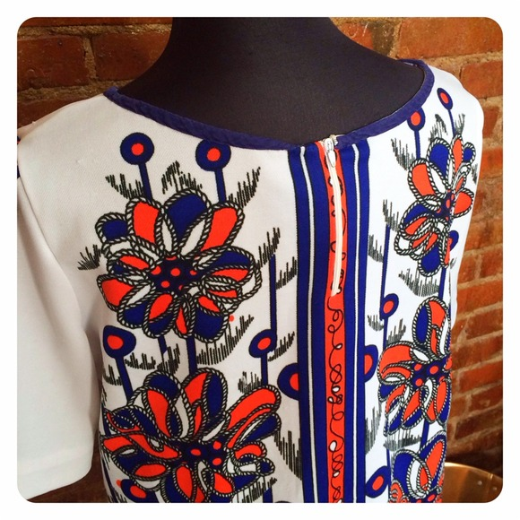 Vintage Tops - HALF OFF SALE | Vintage Print Top