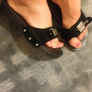 Auth Chanel wood & suede sandals