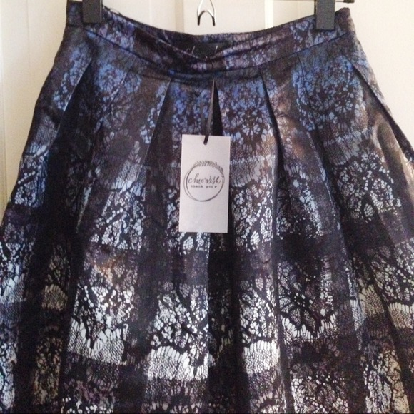 chicwish Skirts - NWT Chicwish checkered midi skirt w lace pattern
