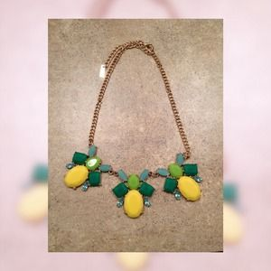 Beautiful statement necklace from Baublebar