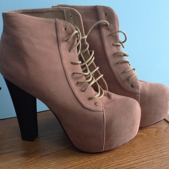 70% off Shoes - Tan Lace Up Booties with Chunky Heels from ...