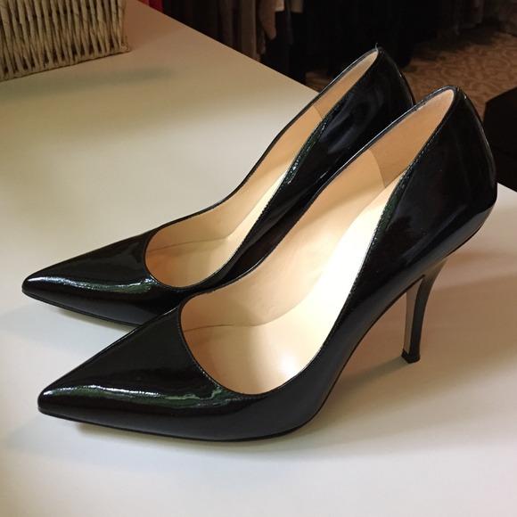 9d90f4f43acc kate spade Shoes - Black Pumps