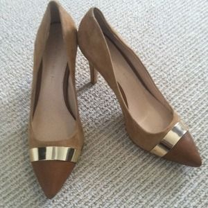Taupe and gold Banana Republic heels